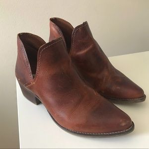 Steve Madden Austin Leather Boots in Cognac size 8